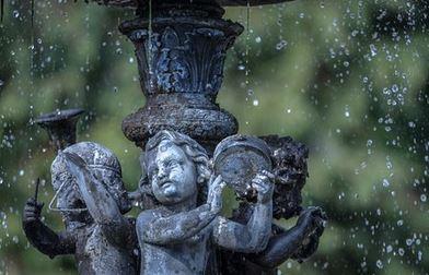 Gartenbrunnen Stein